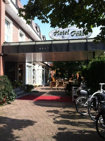 Hotel Poeker: Fin uteplass