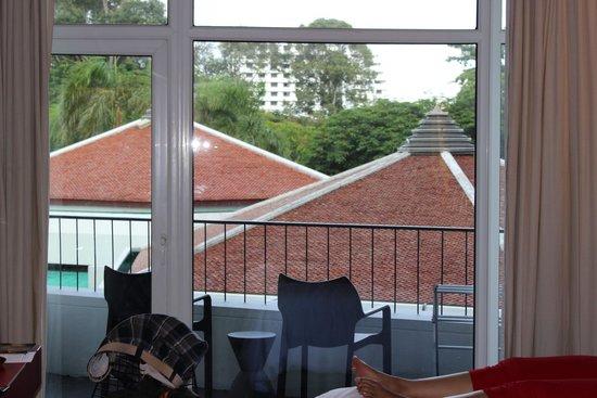 Hard Rock Hotel Pattaya : view from balcony(city view room )