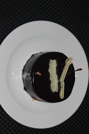 Hard Rock Hotel Pattaya : complimentary cake for my Birthday