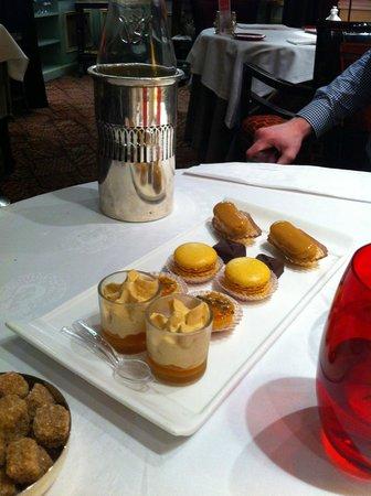 Hotel  La Matelote : Les mignardises, les chocolats