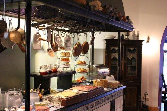 Hotel Altberlin: le buffet du petit déjeuné à l'hôtel Altberlin