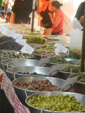 Pol·lèntia: Il mercato