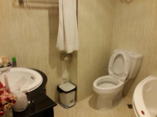 Paradise Boutique Hotel : clean bathrooms