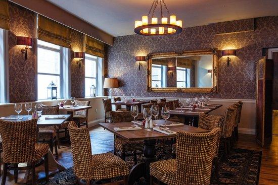 Best Western Lichfield City Centre The George Hotel: Darwin's restaurant