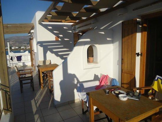 Aegeo Inn : Our balcony, studio #13 by the port