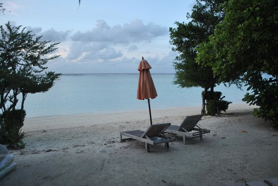 LUX* South Ari Atoll: View of our private piece of beach