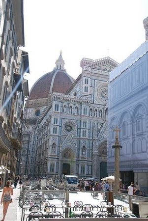 Duomo - Cattedrale di Santa Maria del Fiore: you cant go to florence without visiting the duomo