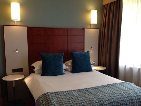Mercure Bristol Holland House Hotel & Spa: very comfortable bed