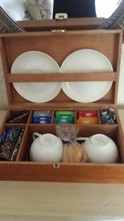 Bovey Castle Hotel: Tea box in room