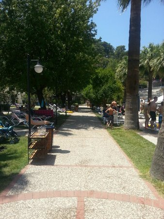 Turunc Resort: Mini boulevard