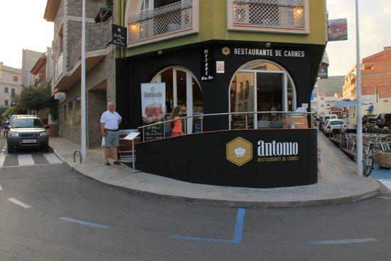 Di Vinos Wine Bar & Restaurant: качество порадует