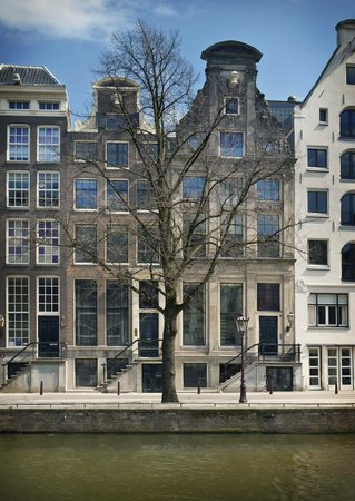 Photo of Tourist Attraction Huis Marseille, Museum for Photography at Keizersgracht 401, Amsterdam 1016 EK, Netherlands