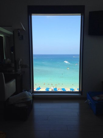 Sunrise Beach Hotel: View from suite