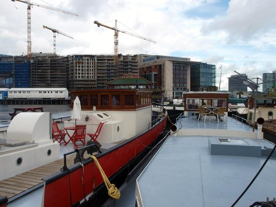 Amsterdam Love Houseboat: MUSIC boat, you can stay there with a big group