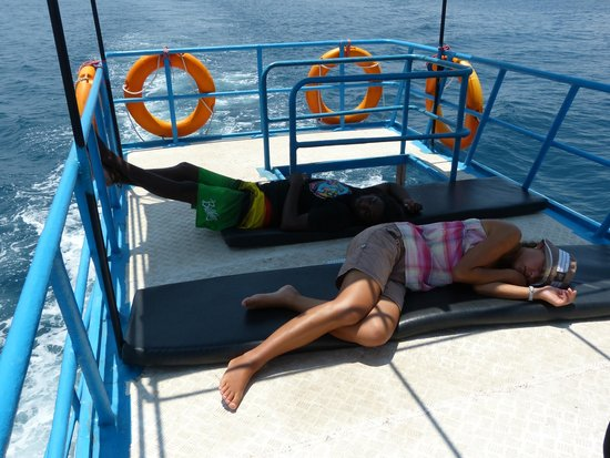 Whale Watching Mirissa with Geeth: Sleep on the boat