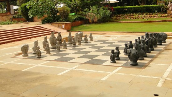 Kenilworth Resort & Spa: Enjoy Chess in the winds!