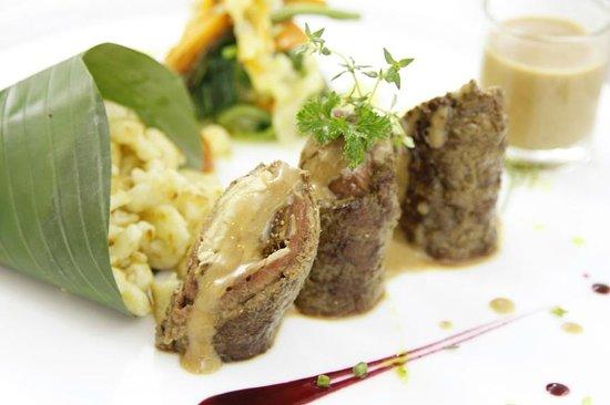 Blue Lagoon Restaurant : Beef Role