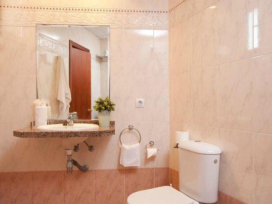 Hotel whala!balmes: Bathroom