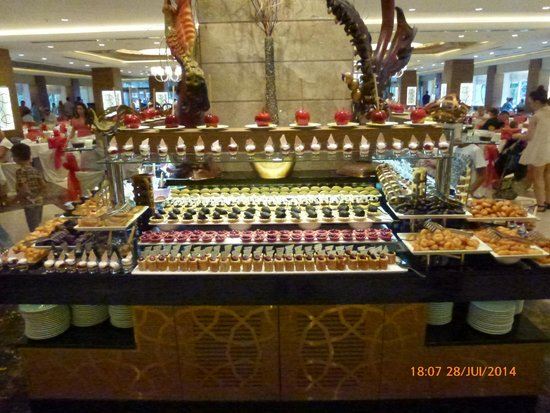 Papillon Ayscha Hotel: buffet de desserts