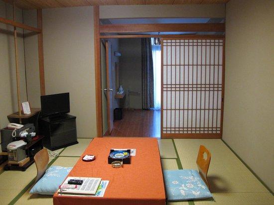 Toyokan Bekkan Shinyu Hotel: 和室8畳