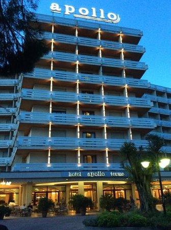 Apollo Hotel Terme: L'ingresso
