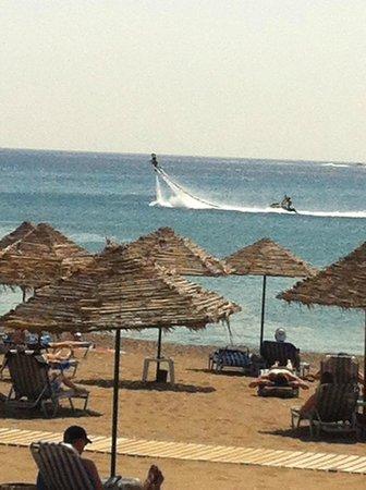 Blue Sea Beach Resort : blue sea