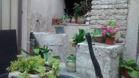 Hotel San Domenico: Patio del Hotel