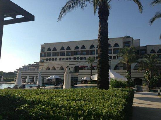 Kempinski Hotel The Dome: Sicht vom Strand