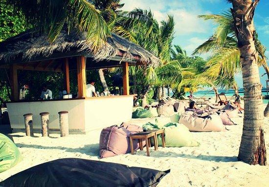 Kurumba Maldives: Sand Bar