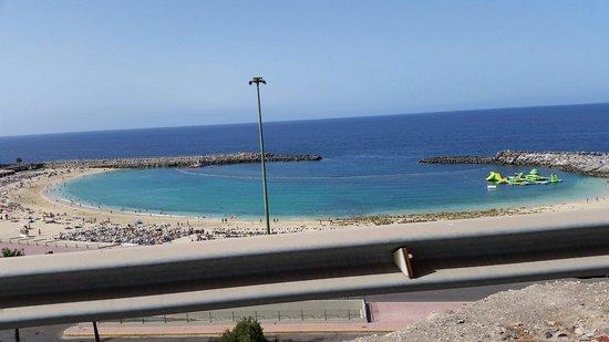 Playa de Amadores: Acqua azzurra e sabbia bianca