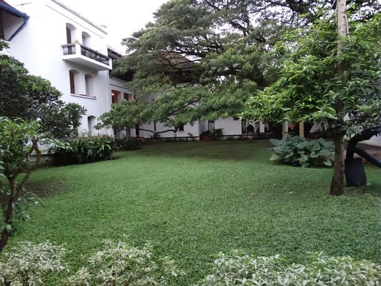 Brunton Boatyard : Hotel grounds