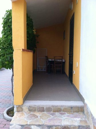 Villaggio Sant'Elia: ingresso villetta