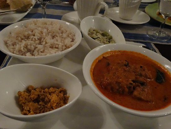Brunton Boatyard : Rice with fish curry