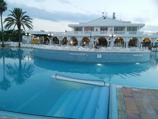 Grupotel Mar de Menorca : view of hotel