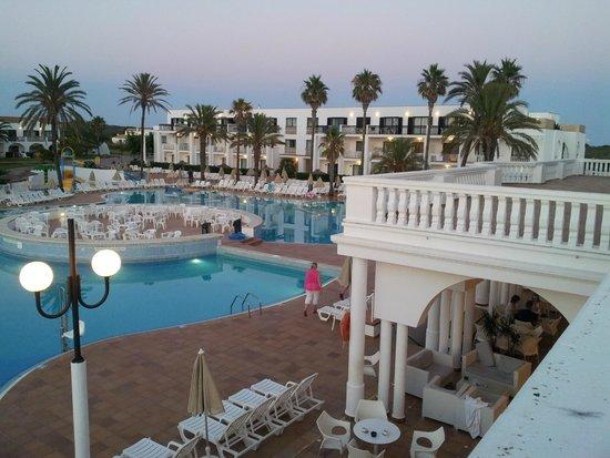 Grupotel Mar de Menorca : general view of hotel