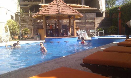 Hotel Plaza Colon : la pileta del Plaza Hotel