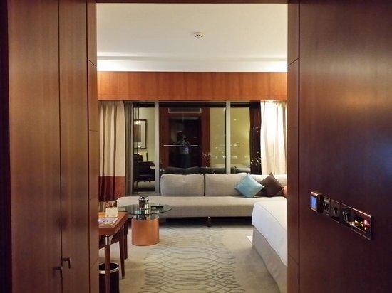 Jumeirah Emirates Towers : Room