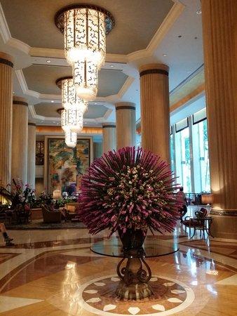 Shangri-La Hotel, Singapore: Nice lobby