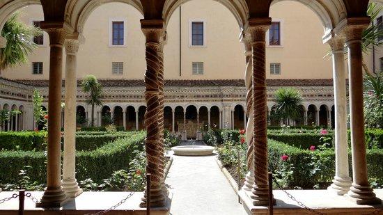 Abbazia di San Paolo fuori le Mura: garden