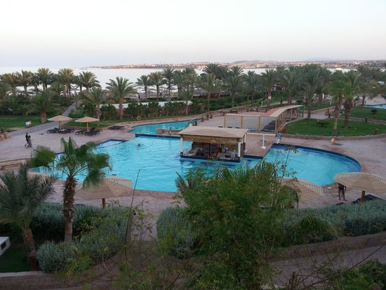 Fort Arabesque Resort, Spa & Villas : Pool bar