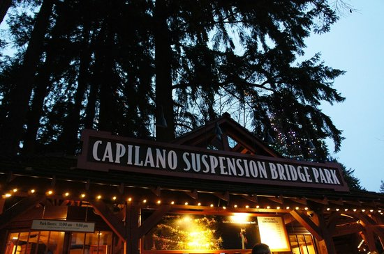 Capilano Suspension Bridge und Park: 入り口