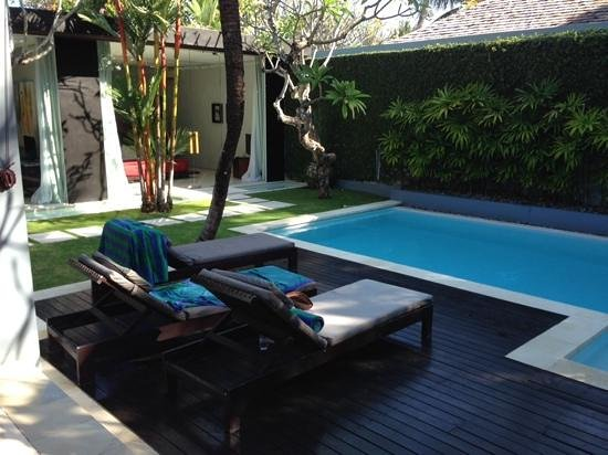 Kembali Villas: view of the swimming pool