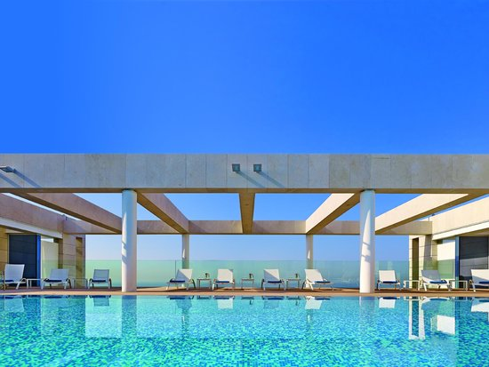 The Ritz-Carlton Herzliya: Pool at The Ritz-Carlton, Herzliya