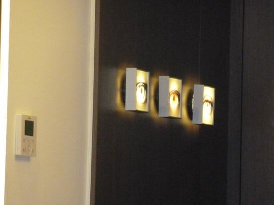 Funky Wall Lights >> Funky Wall Lights Picture Of H10 Urquinaona Plaza