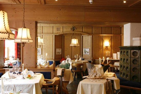 Waldhotel National: Gourmetrestaurant Kachelofa-Stübli