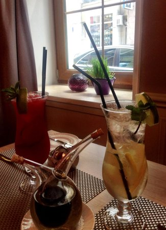 Mercure Arbat Moscow: Time to order summer cocktails ;)