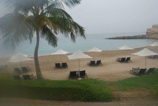 Shangri La Barr Al Jissah Resort & Spa - Al Bandar Hotel : Beach fron of Al Waha