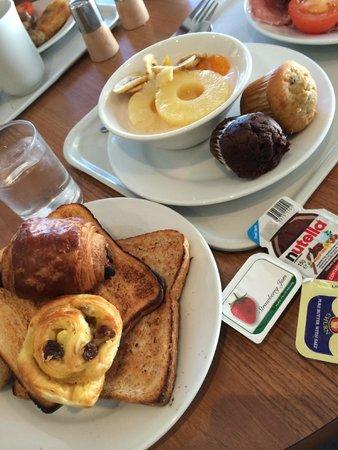 Ibis London Earls Court : アップグレードした朝食