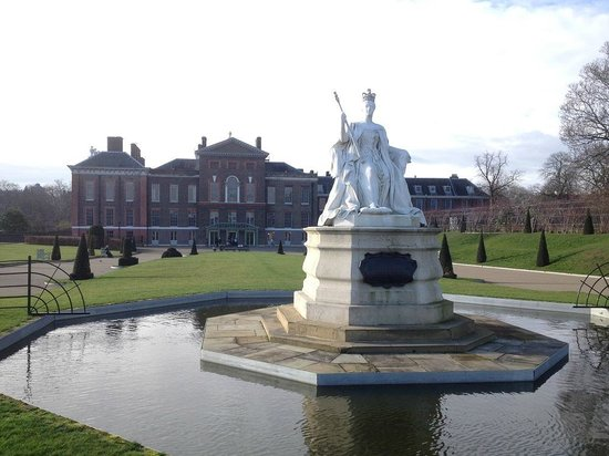 Kensington Gardens: Дворец