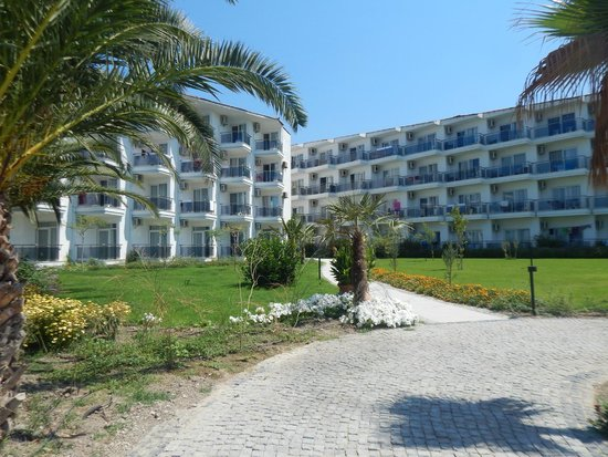 Atlantique Holiday Club: chemin vers la plage